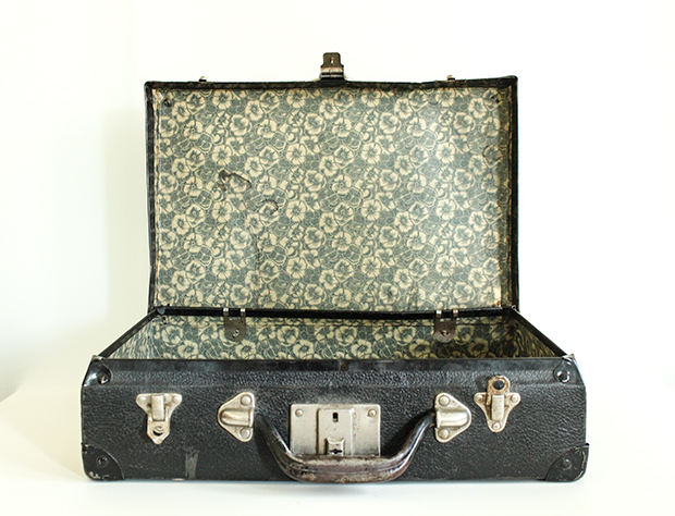 RBD Shop Vintage Floral Lined Suitcase