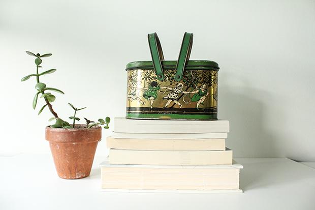 RBD Shop Antique Art Deco Lithographed Children's Lunchbox